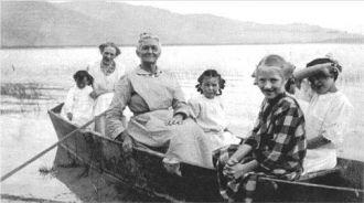 Catherine (Short) Peckenpaugh & family, ID