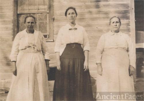 Collins Girls, Nebraska 1920