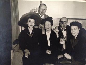 Silas Seadler with brother Albert Seadler (Eye Patch) Dora (big hat) Sister Miriam.