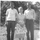 Johnny, Delphia and Jerry Richmond