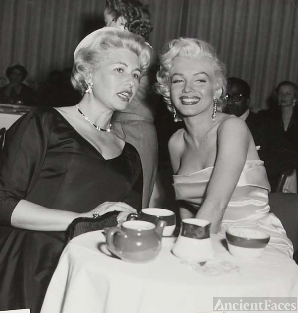 Marilyn Monroe and Sheilah Graham