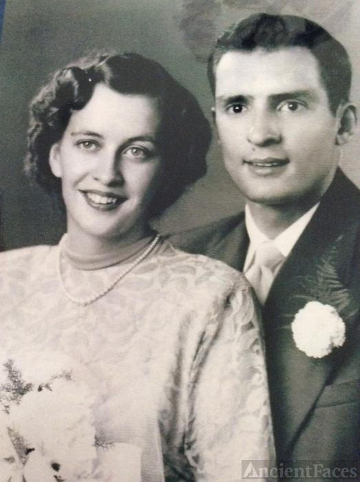 Larry & Peggy Burke Wedding