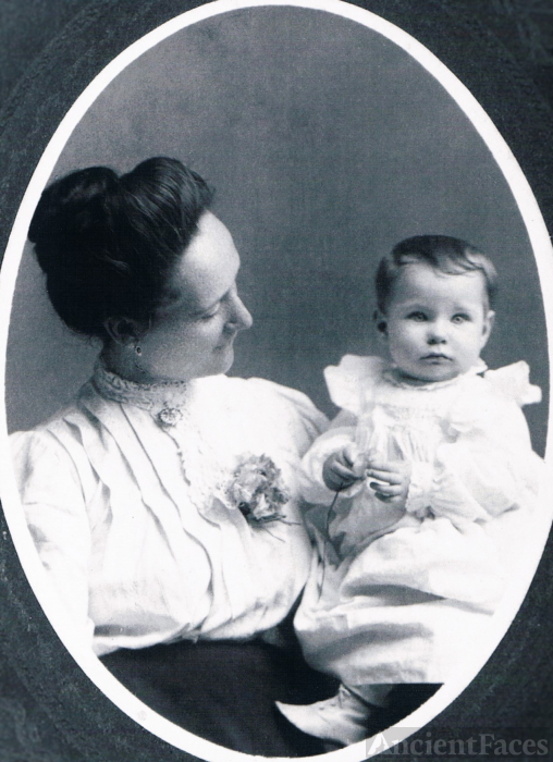 Edna & Nettie Peterson