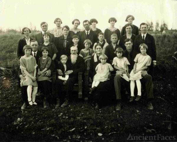 Melton-Willard Families