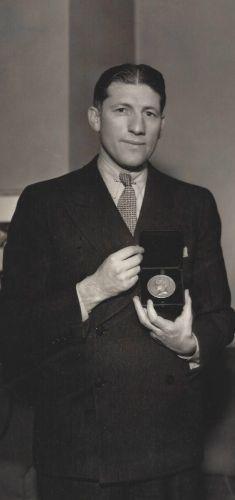 Howard Dietz, 1935