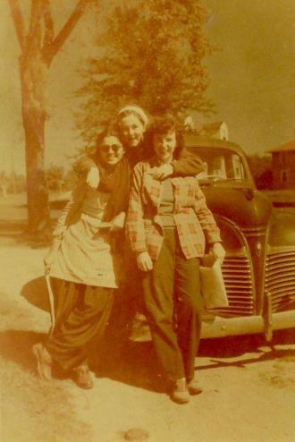 Mrs. Burman, Lea Hearn & Gen Clark, 1947
