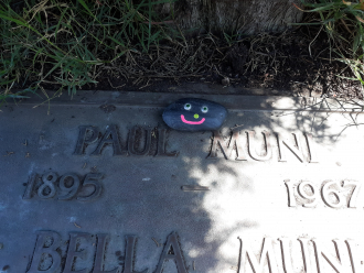 Paul Muni's gravesite