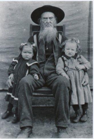 Joel EVANS w/ granddaughters