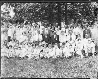 Basham Family Reunion 1927
