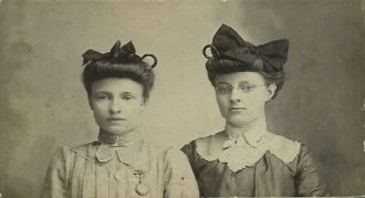 2 Young Ladies