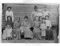 Mary Magdelina Conley Morrow and family