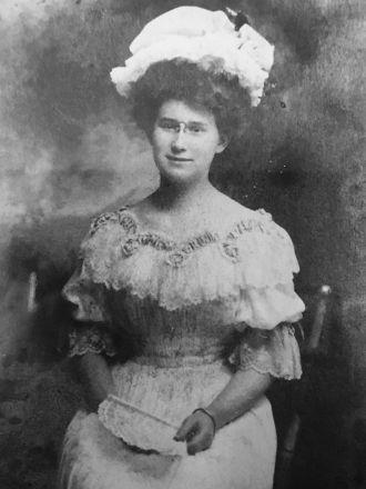 Louise Gordon Rennie Woody