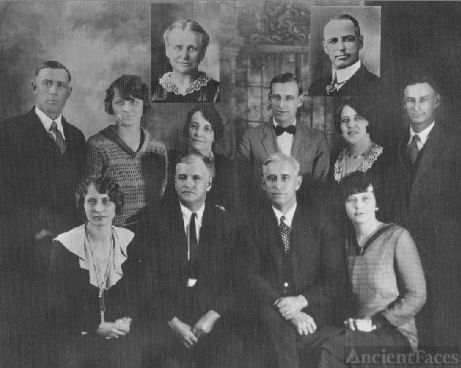 Adult children of Amalia SCHNELLBACHER ULLRICH