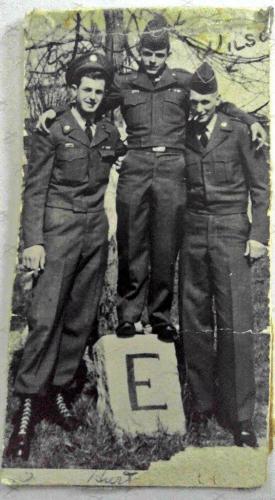 101st Airborne Army Buddies