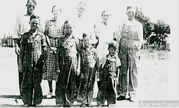 Roscoe C. Looney Family