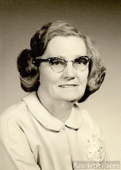 Nettie Croft Davis Goldsmith