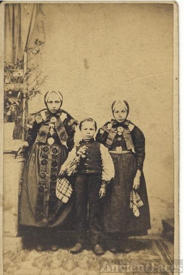 Bruns or Bredhoft Relatives?