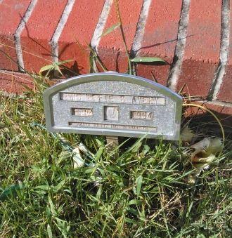 Effie B Avery gravesite