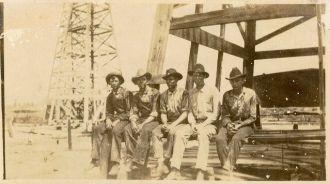 Oilmen, Texas 1919
