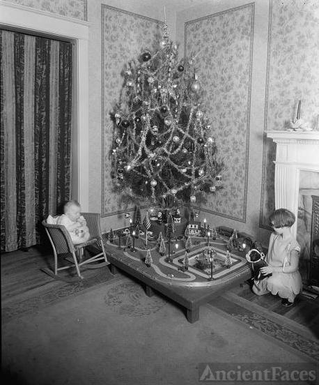 1920's Christmas tree