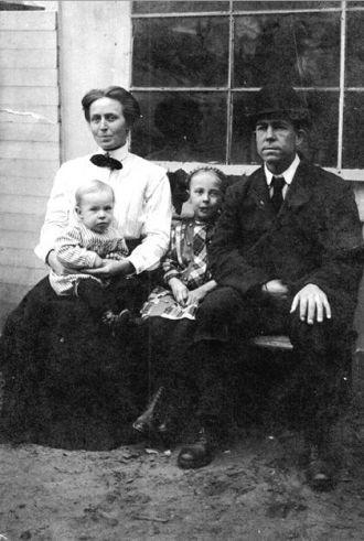 Unknown Georgia Family