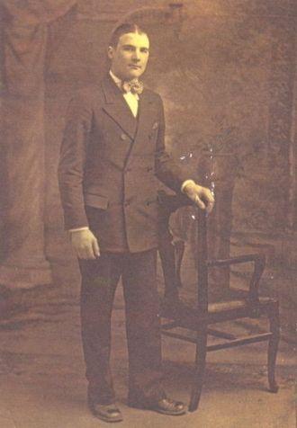 Ayram  Bacarella