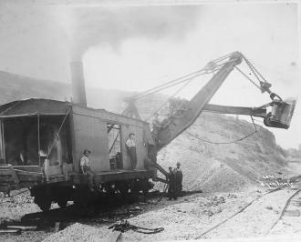 Steam shovel 1896