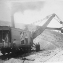Steam shovel 1896