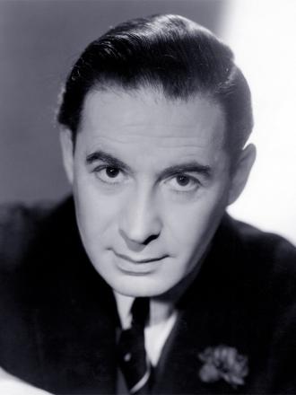 A photo of Leo Genn