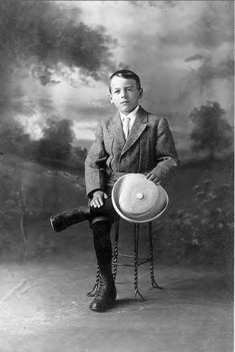 A photo of Leo Adams