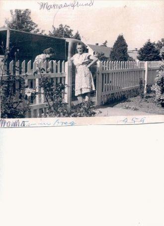 A photo of Effie Winnie Agee