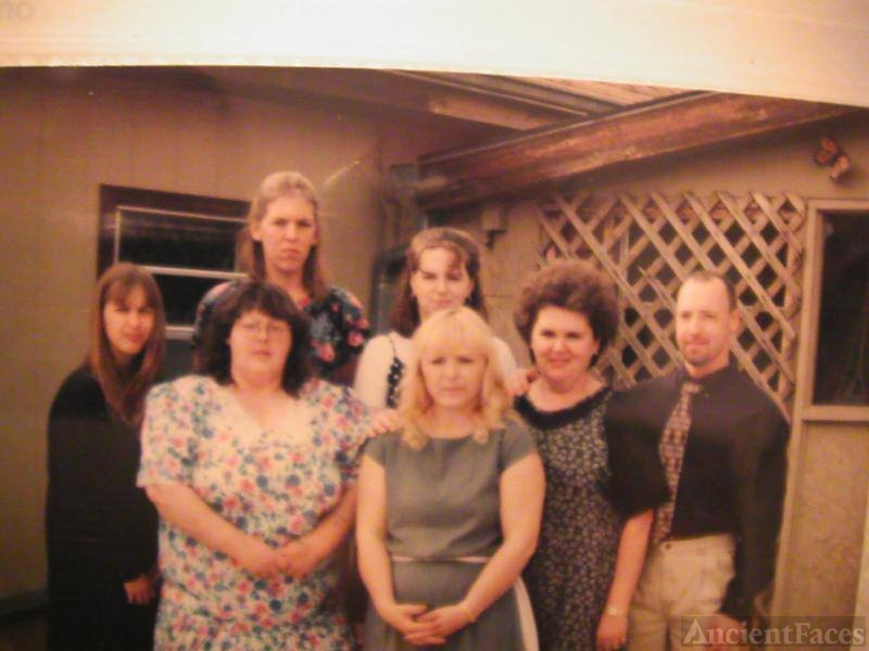 Daryla F (Luinstra) Fisher & family