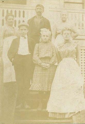 Decker children with Hildebrands