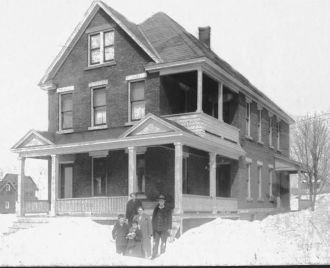 Nolan Family in Johnstown, New York