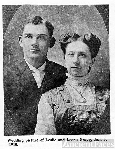Leona & Leslie Gragg