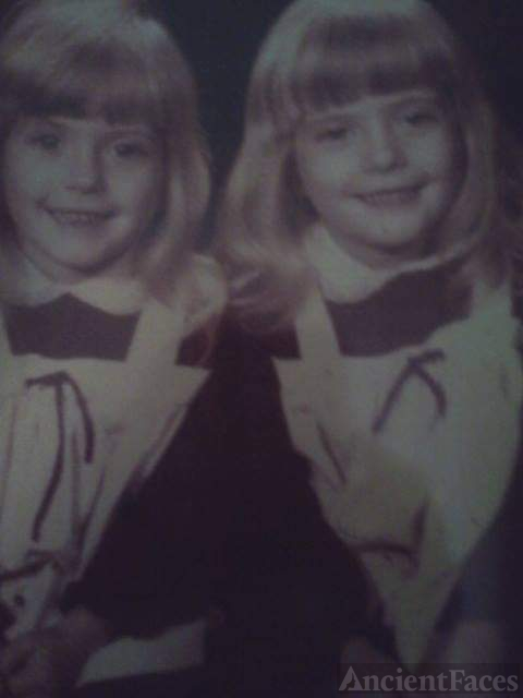 Darla J. (Coulter) Scroggins and twin sister gayla