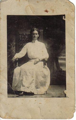 Nicholas, Wells, or Craig Family Unknown  Woman