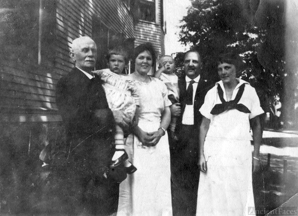 Four Generations of the Ashendens, 1920s