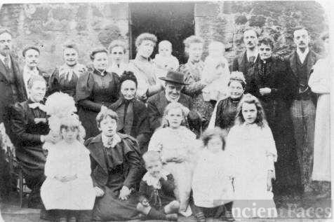 The Alexander Family-Edinburgh