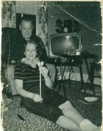 Earl E. & Clara Hicks