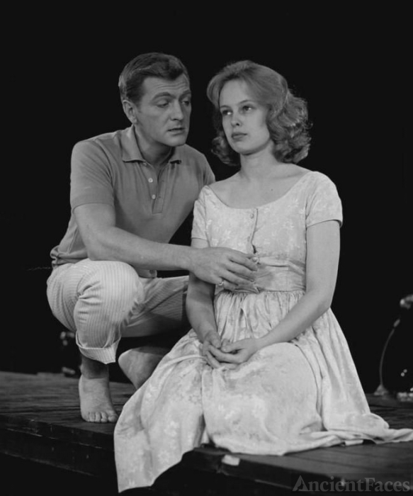George Grizzard and Sandy Dennis