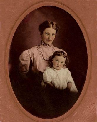 Effie nee Norris Baughman and daughter, Helen