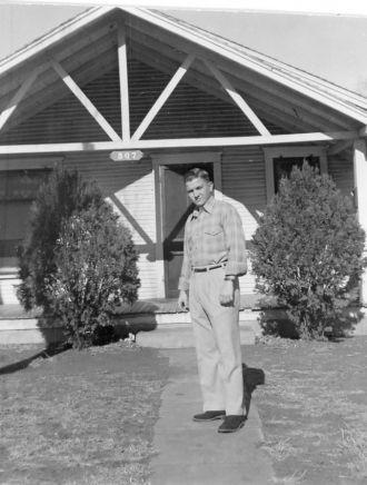 Jack Samples at home in Elk City