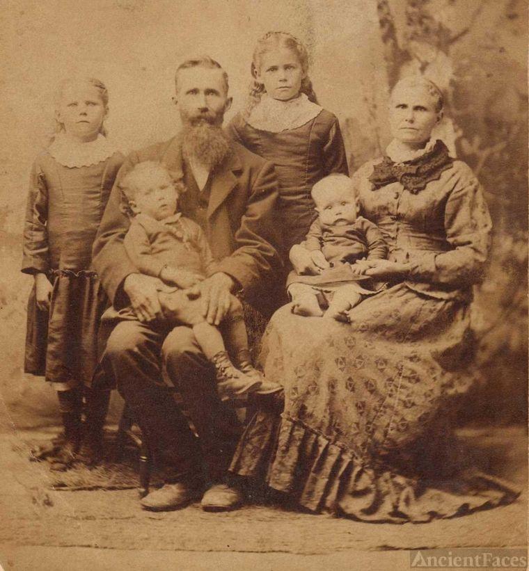 Higgins Grayson family