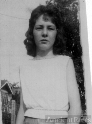 Shirley Ann (Ross) Barnard