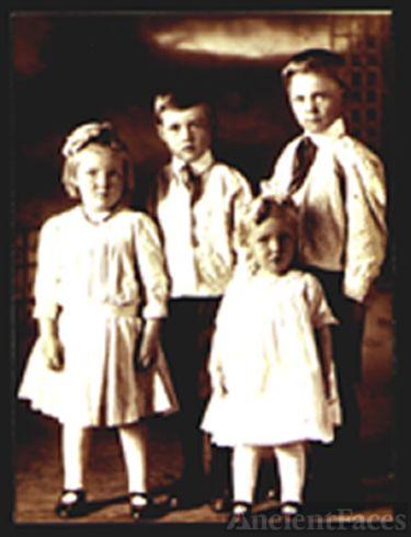 Mosley Children-parents: Jessie Mosley/Nellie Spra