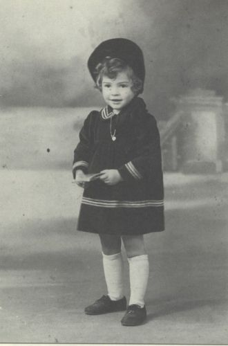 Holocaust - Fanny Cogan
