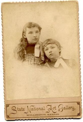Fae & Mae Plummer, Kansas