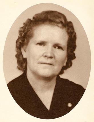 Essie Finette (Simmons) Brown