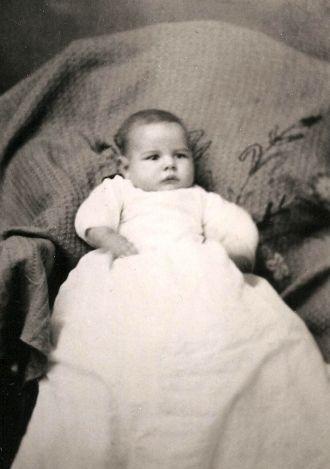 Sturtz, Eikenberry, or Troutman child, Iowa